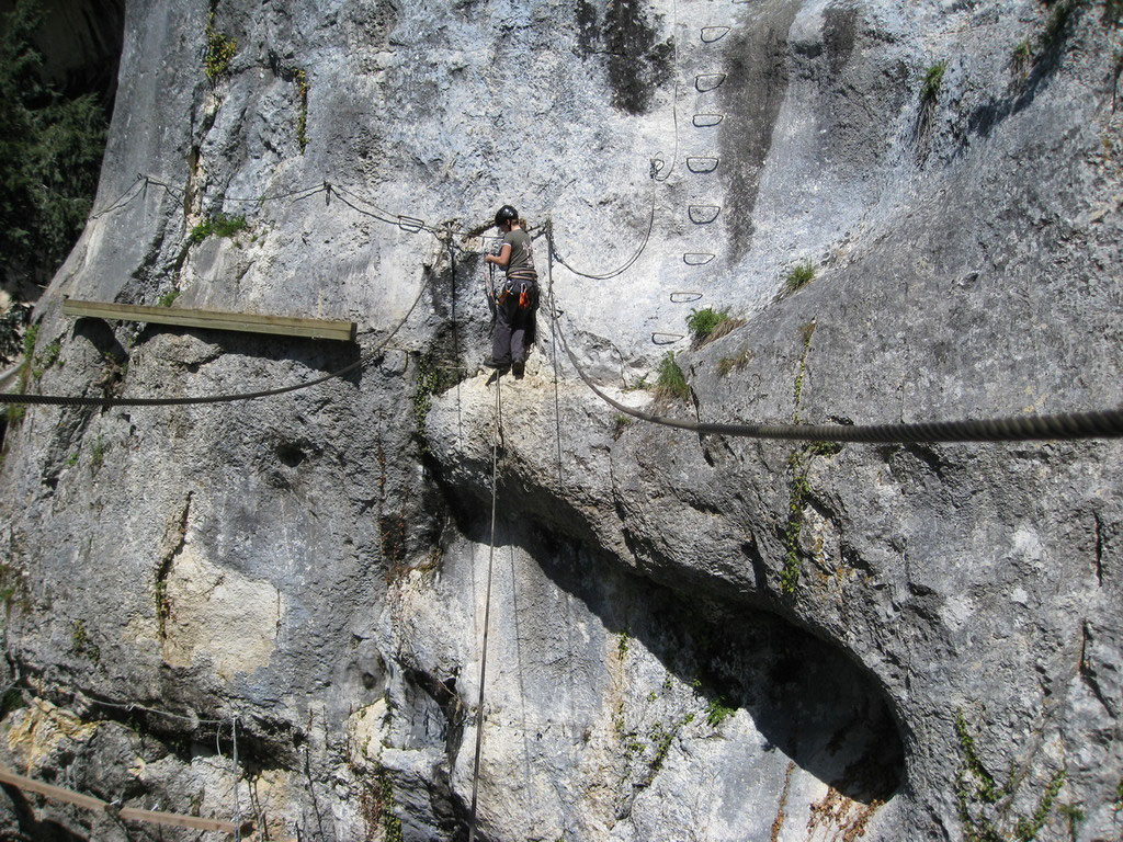 Klettersteig Quebec : Klettersteig les baumes du verneau olli outdoor travelling