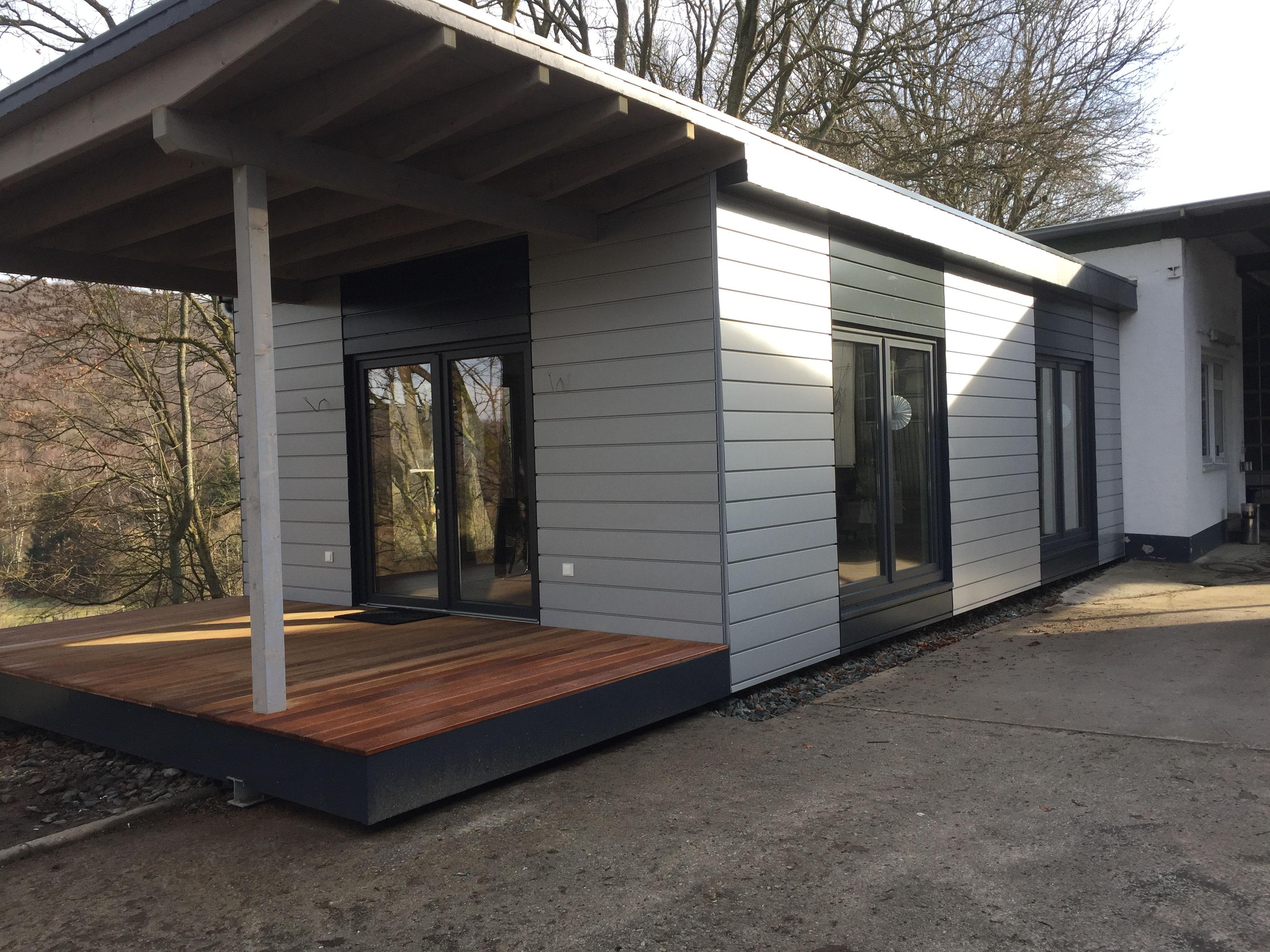 Pausenraum in Holzrahmenbau erstellt. Moderner Anbau in Holzbauweise ...