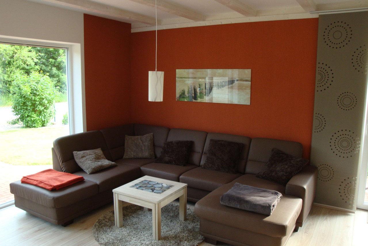 Das Wohn-/Esszimmer von Ferienhaus 2 - ferienhaus-hohwacht-ostsee ...