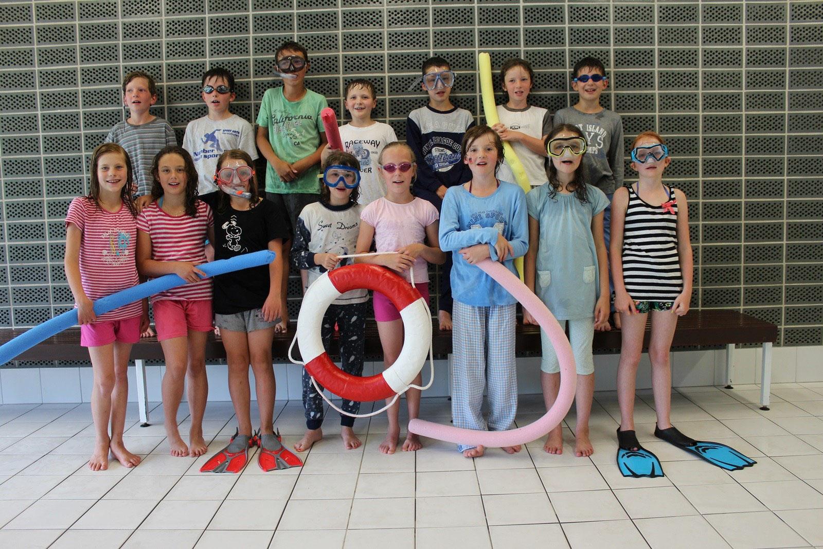 Schwimmen in Knetzgau - Grundschule Rauhenebrach