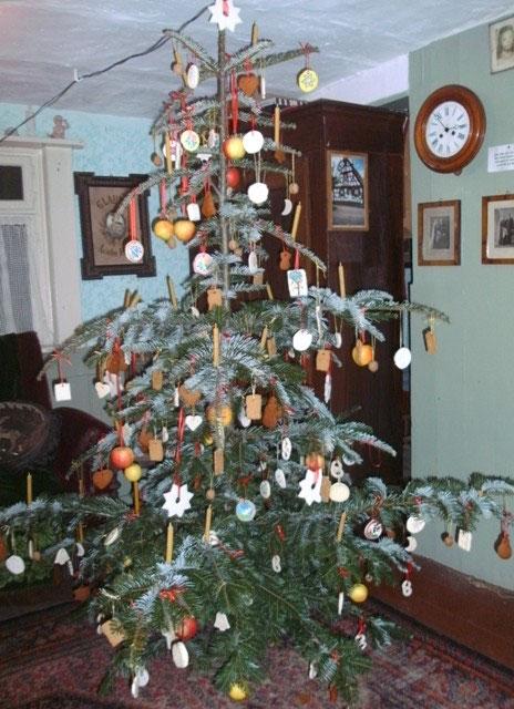 Weihnachtsbaum Engelshaar.Der Weihnachtsbaum Museum Im Alten Rathaus Heimatverein