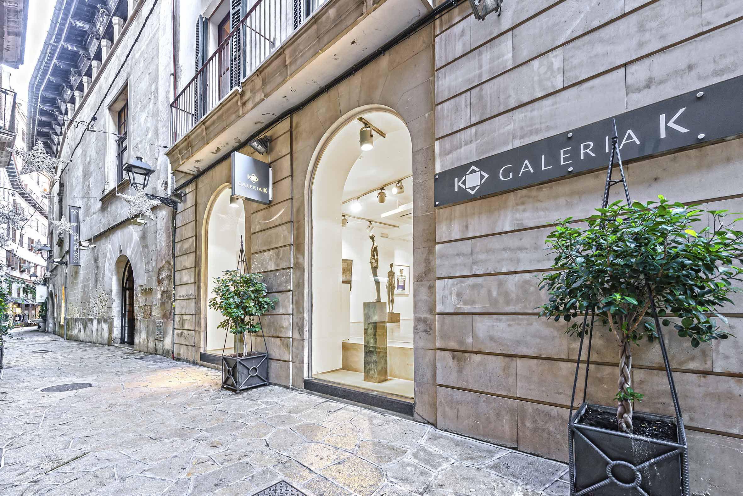 die galeria k ist eine erfrischende galerie fur moderne kunst sie entstand als partnergalerie der deutschen galerie kaschenbach die seit 1950 in trier