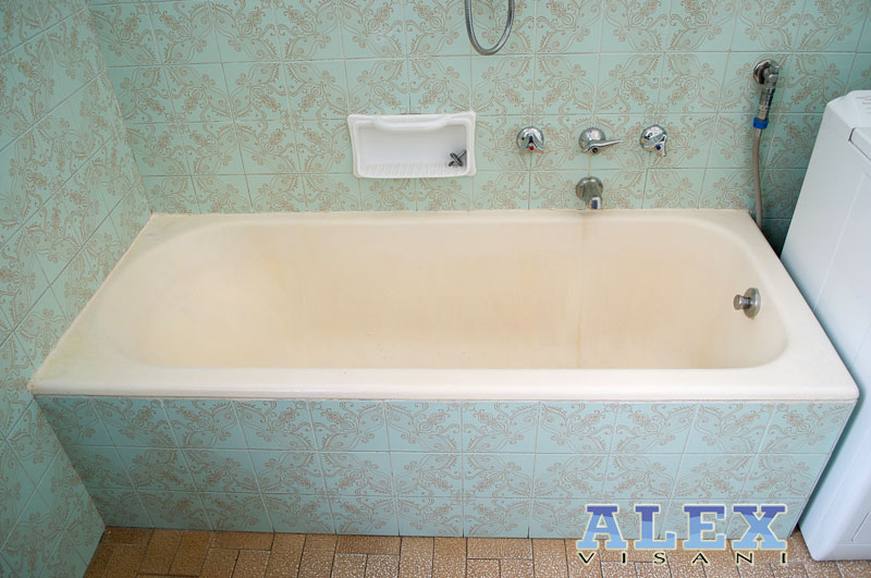 Vasca Da Bagno Non Scarica : Sovrapposizione vasca da bagno firenze vasca nella vasca pistoia