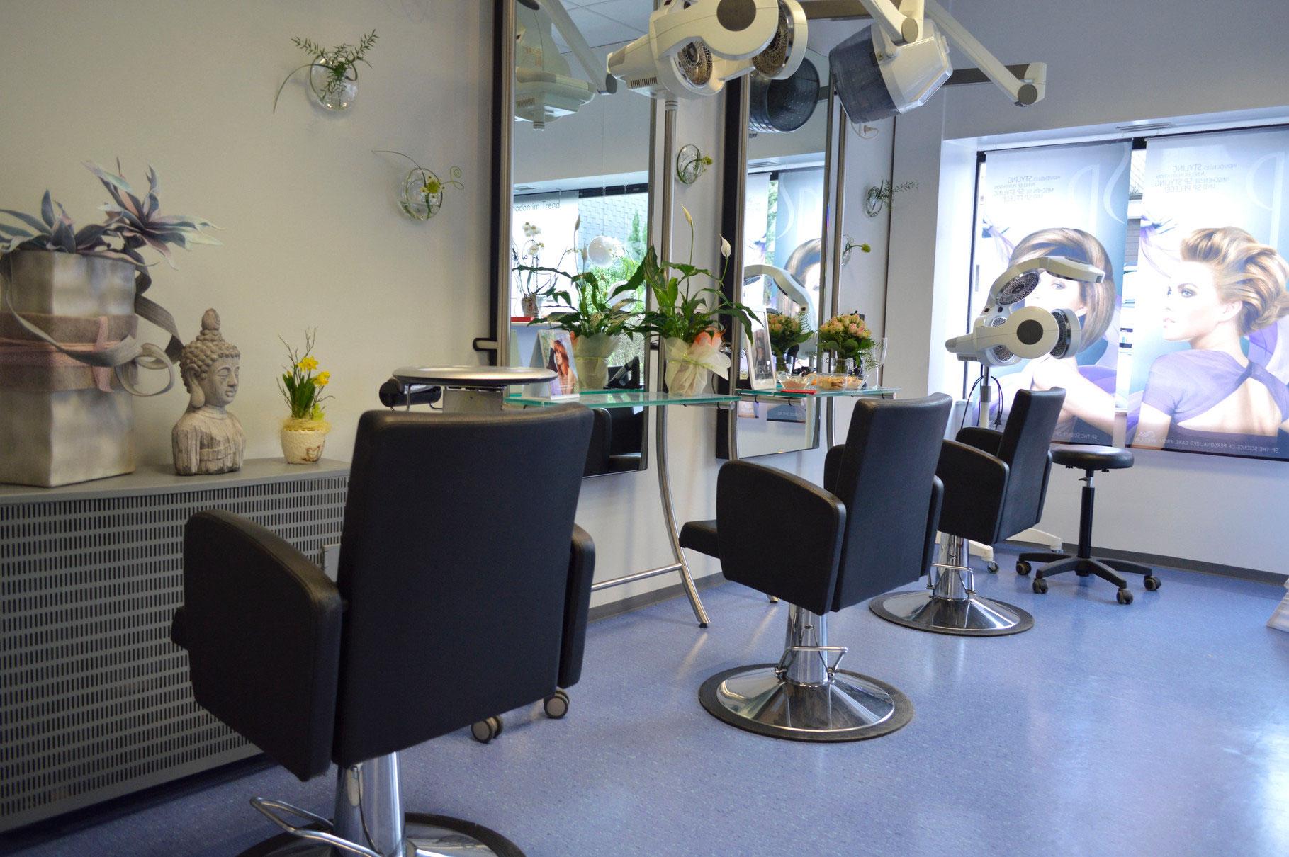 Unser Salon Friseur Lowin Haarmoden Im Trend