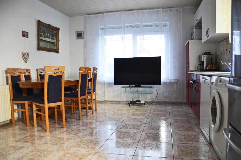 Sommerküche Im Garten : Reihenmittelhaus mit sauna keller und garten im zentrum von 56626