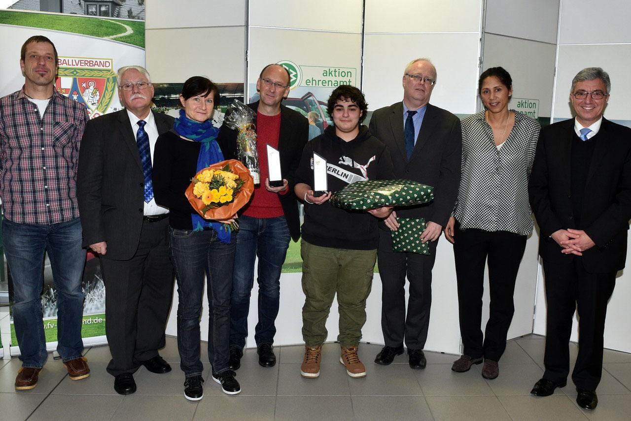 2015 - Fußball hilft! - Die Stiftung des Fußballverbandes Rheinland