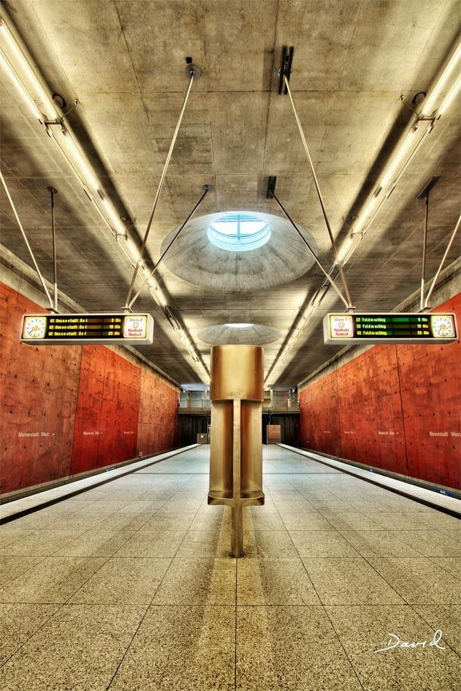 Schmuddelkind Mit Charme U Bahnhof Messestadt West