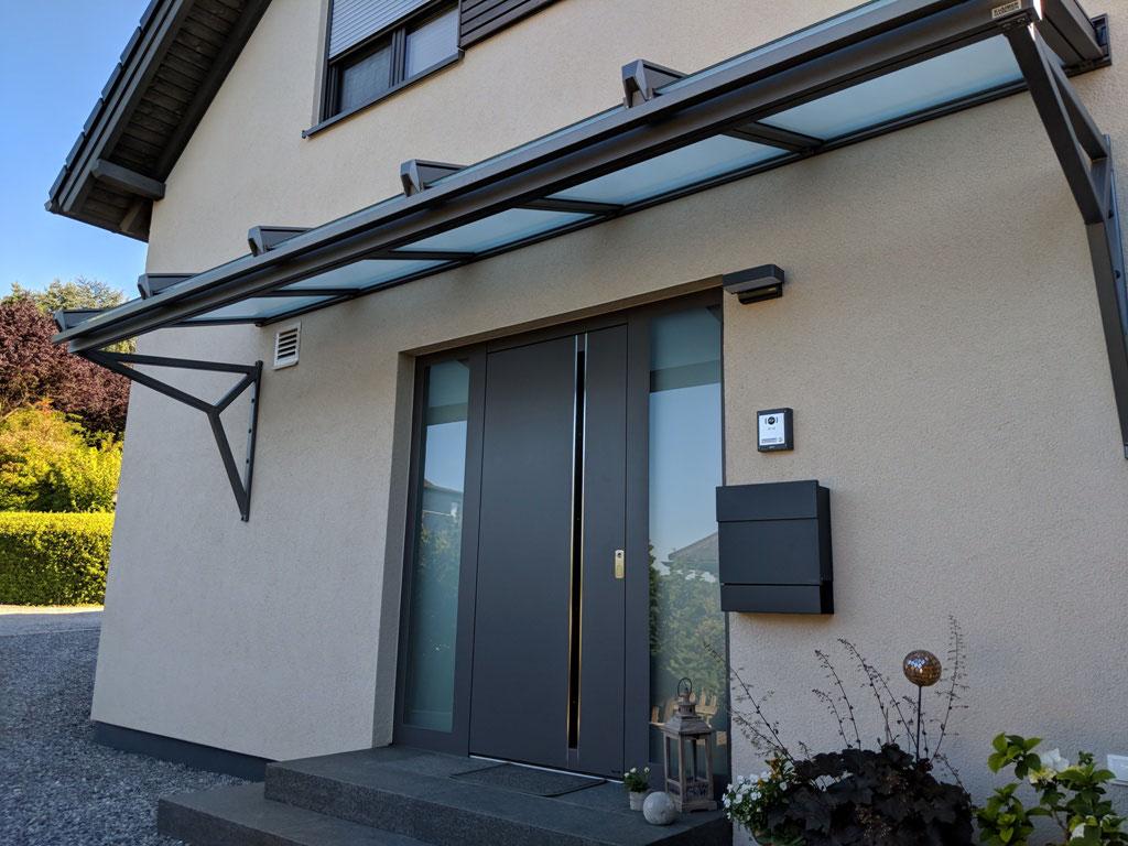 Vordach glas gnstig cheap cool paderborn with alu vordach - Vordach kaufen ...