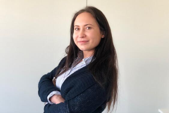 Alexandra Dirr hilft Versicherten der ALC Global Health bei der Kostenerstattung