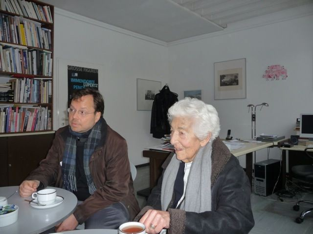 Elsbeth Juda, Tochter Julius Goldsteins, zu Gast in der Kunsthalle Darmstadt - auf Initiative des FÖRDERVEREINS LIBERALE SYNAGOGE / Foto: FLS