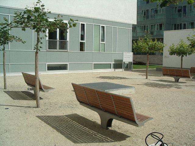 Der vom Förderverein Liberale Synagoge initiierte neue Julius Landsberger-Platz, Darmstädter Klinikumsgelände / Foto: Stadt Darmstadt