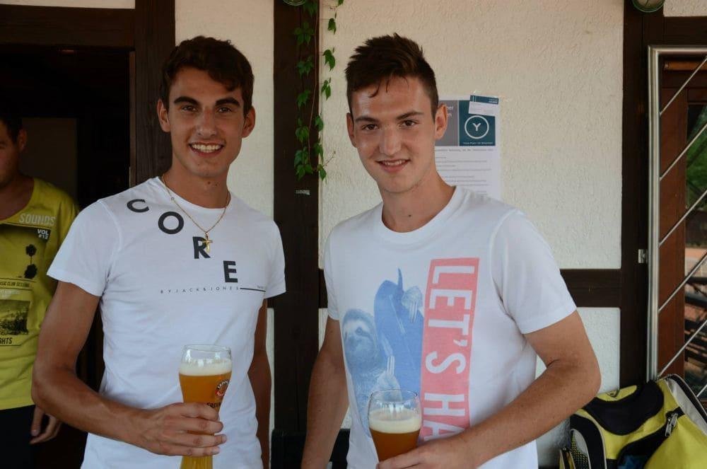 Zwei der Turnier-Organisatoren - Florian Stricker und Jannik Siegler