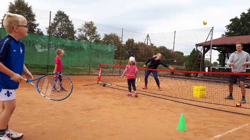 Probetraining Tennisschool LVT bei der SKG Stockstadt Abteilung Tennis