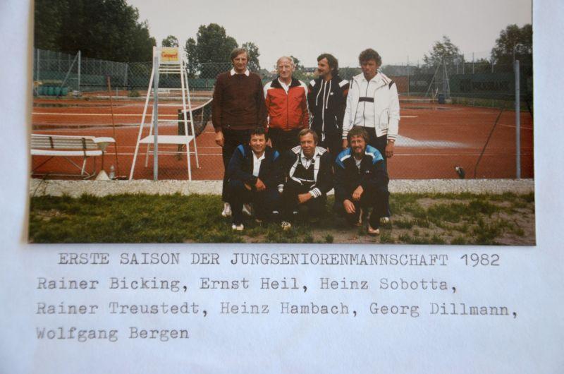 Jahr 1982: Erste Saison der Jungsenioren - Rainer Bicking, Ernst Heil, Heinz Sobotta, Rainer Treustedt, Heinz Hambach, Georg Dillmann, Wolfgang Bergen