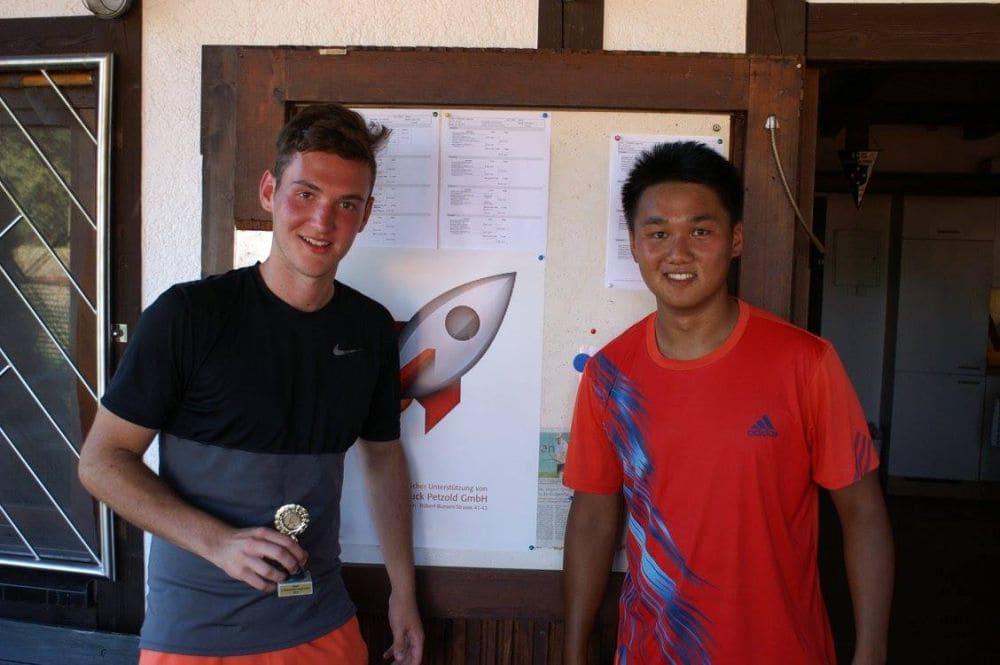 Herren Gruppe 4 - Sieger Jannik Siegler und Zweitplatzierter Jonas Franz