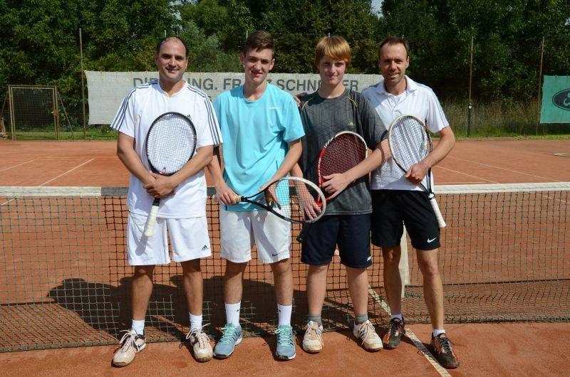40-Jahr-Jubiläums-Feier SKG Stockstadt Tennis - Showmatch am nächsten Tag - Andreas Maus, Jannik Siegler, Falk Breunig und Ludek Vildman
