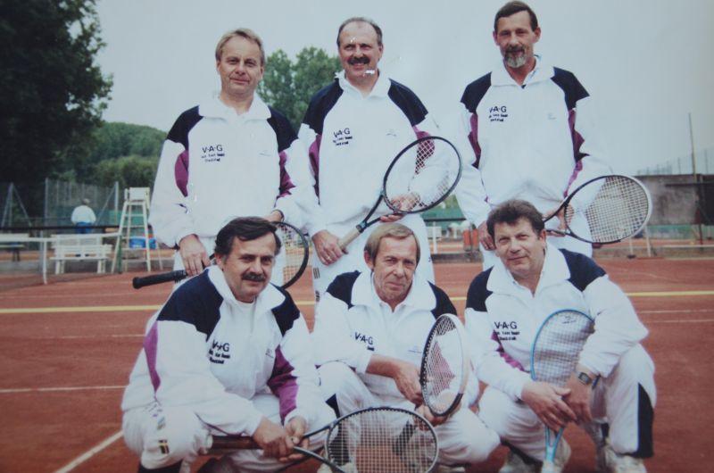Jahr ? - HINTEN: Siegfried Wittig, Hermann Zissel, Heinz-Harald von Scheliha VORNE: Heinz Sobottta, Georg Dillmann, Heinz Hambach