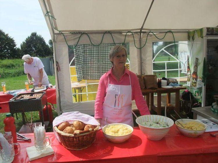 40-Jahr-Jubiläums-Feier SKG Stockstadt Tennis - Verpflegung an Tag 2