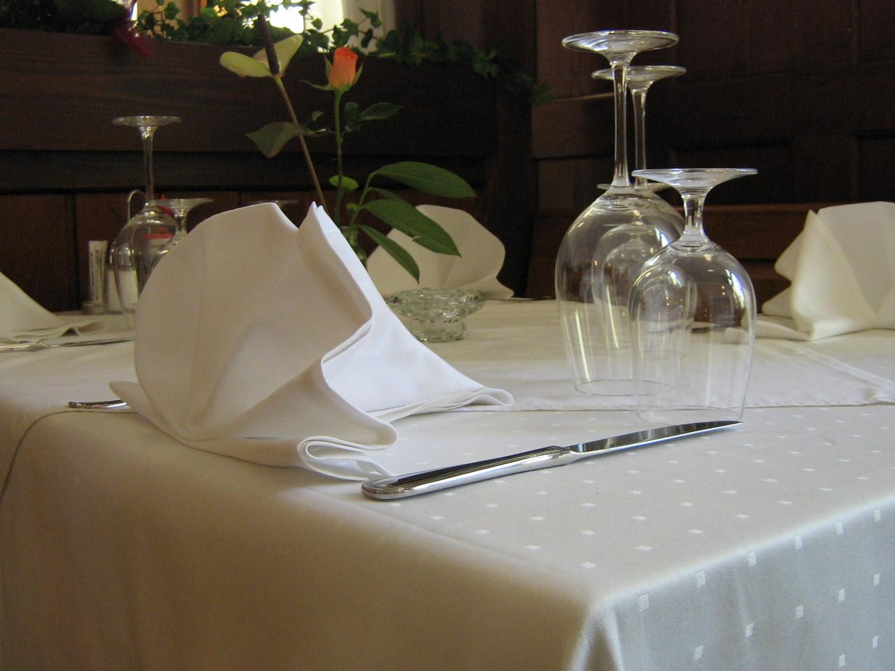 Tisch eingedeckt