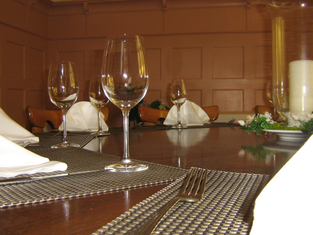 Nebenzimmer Tisch