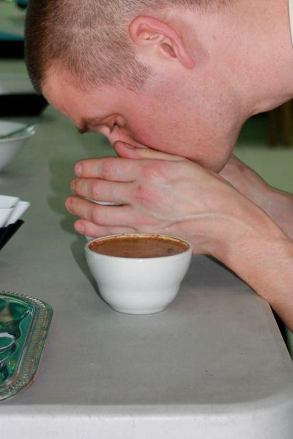Pingo riecht guten Kaffee