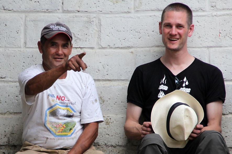 Pause mit Hector Caranqui und Pingo