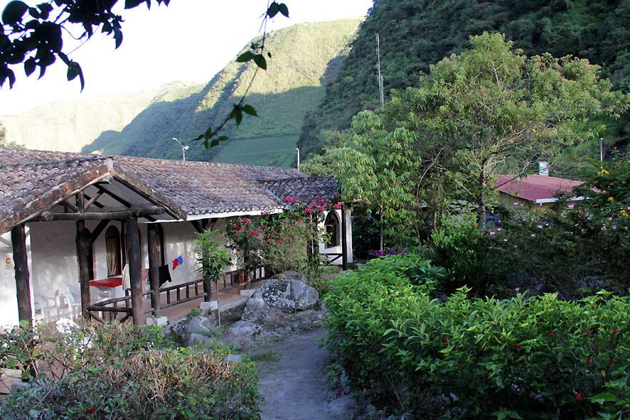 Unterkunft der kommunal betriebenen Thermalbäder von Nangulvi im Valle de Intag
