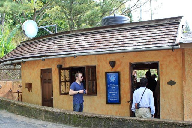Cafe Blue, 1er von 3 Kaffeeshop die von Coffee Traders Ltd. betrieben werden