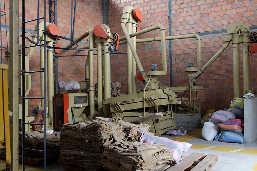Trockenverarbeitungsanlage von FAPECAFES in Catamayo