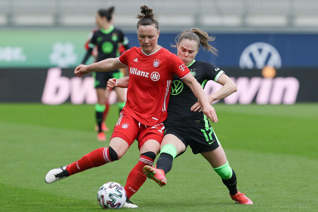 04.04.2021 • VfL Wolfsburg - FC Bayern München