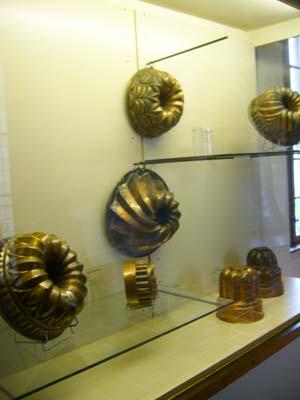 コルマールの博物館にあった古いクグロフの型