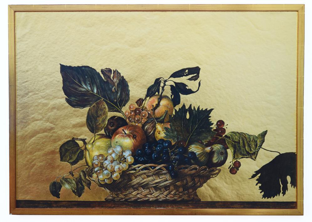 """Fruchtkorb"" (nach Caravaggio) 1978, Aquarellfarben, Blattgold, Papier, vergoldeter rahmen 54,5 x 76,3 x 2 cm - Sammlung G. & L. Silvermann Detroit/Michigan - Foto Nic Tenwiggenhorn"