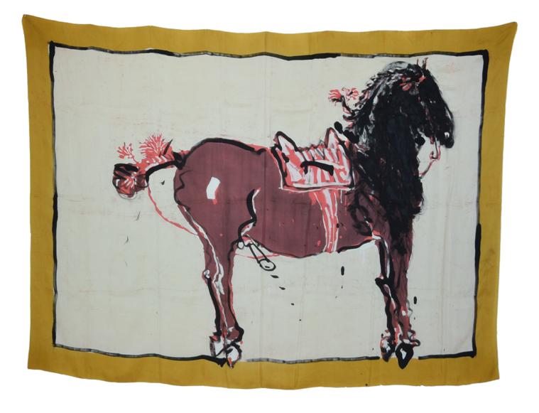 """""""Cheval repeint"""" 1980, batik, encre de Chine sur soie 145 x 205 cm - Photo Hadler/Stuhr"""