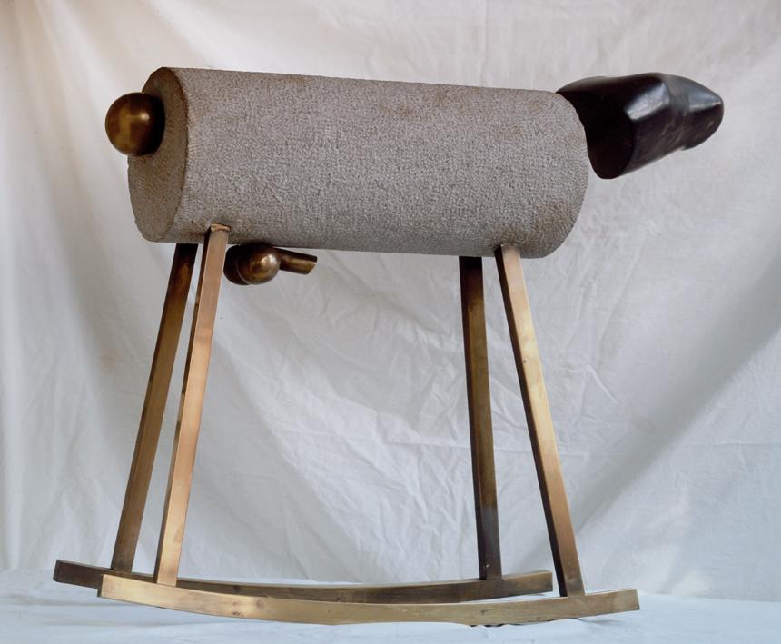 """""""Schaukelpferd"""" 1967, Messing, Bronze, Sandstein - Sammlung Gary & Joel Sklar/ Beverly Hills, California - Foto W. Sklar"""