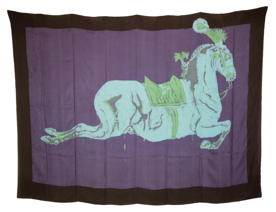 """""""Cheval dans la nuit"""" 1980, batik sur soie 145 x 205 cm - Photo Hadler/Stuhr"""