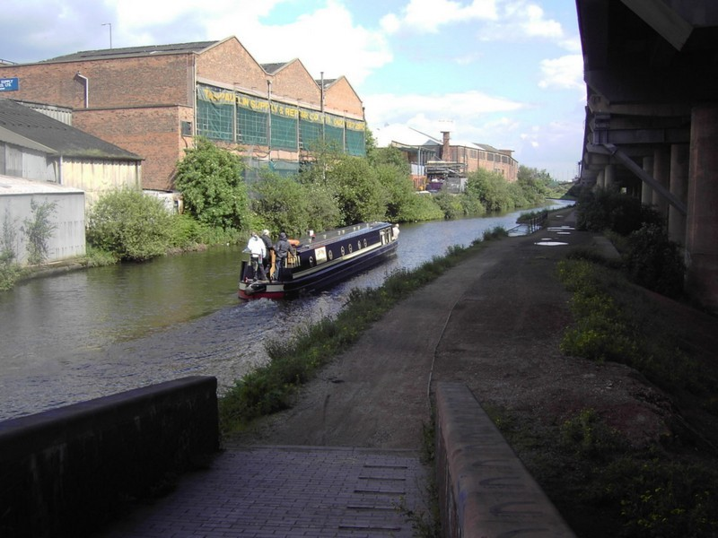 Salford canal junction, looking east along the Birmingham & Fazeley canal