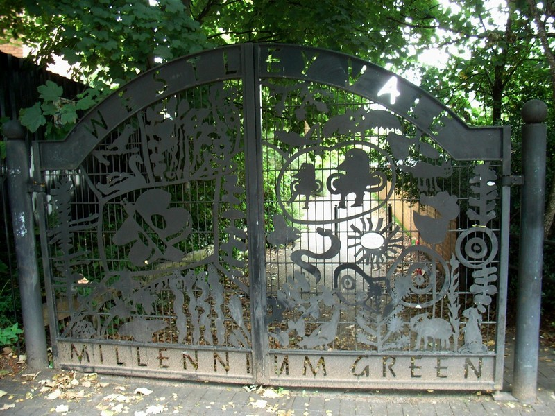 Entrance to Westley Vale Park in The Avenue, Acocks Green