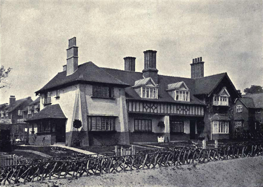 from W Alexander Harvey 1906 The Model Village and its Cottages: Bournville - see Acknowledgements for a direct link to the Internet Archive. Photographs by T Lewis and Harold Baker of Birmingham.
