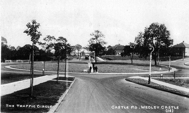 Castle Road 1938 - image from John Boughton's Municipal Dreams website