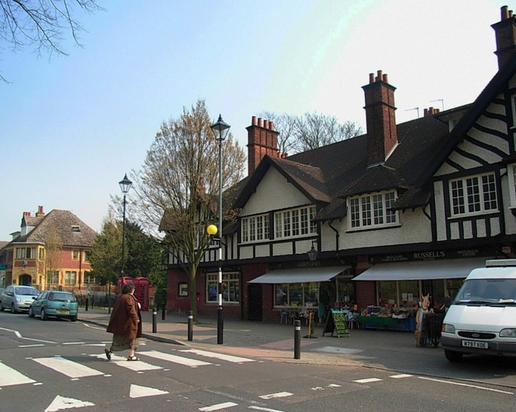 Bournville shopping centre, Sycamore Road