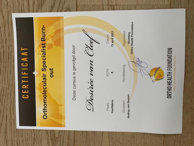 Diploma Orthomoleculair Specialist Burnout ontvangen