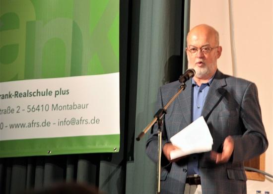 Der pensionierte Lehrer Franz Velten erzählt Anekdoten aus der Realschule.