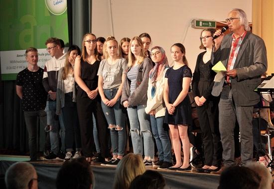 Die Mitglieder der Sozial-AG werden geehrt.