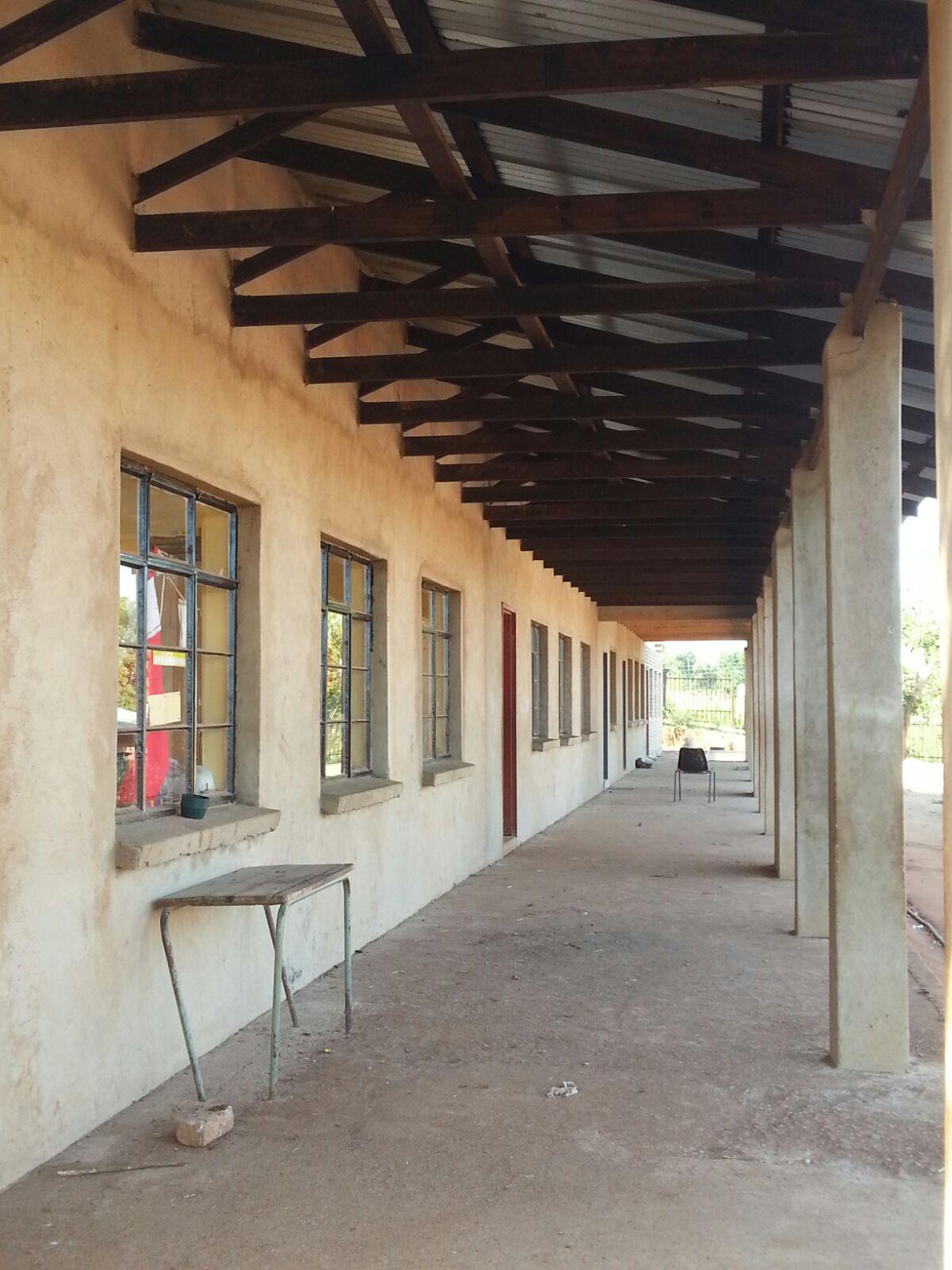 auch die Veranda des Gebäudes kann genutzt werden
