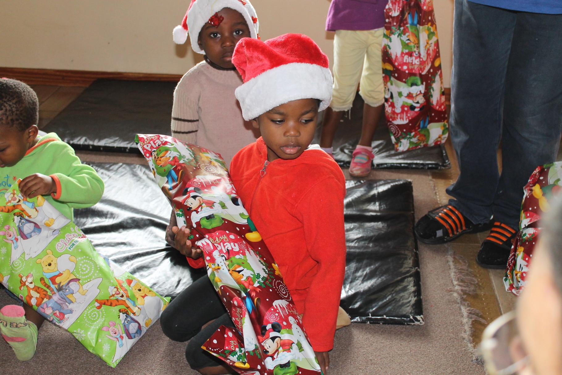 ein bisschen Weihnachten für ein Waisenkind