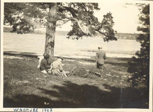 Wannsee 1927 pic nic