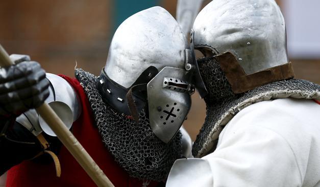 Animations médiévales dans un village médiéval