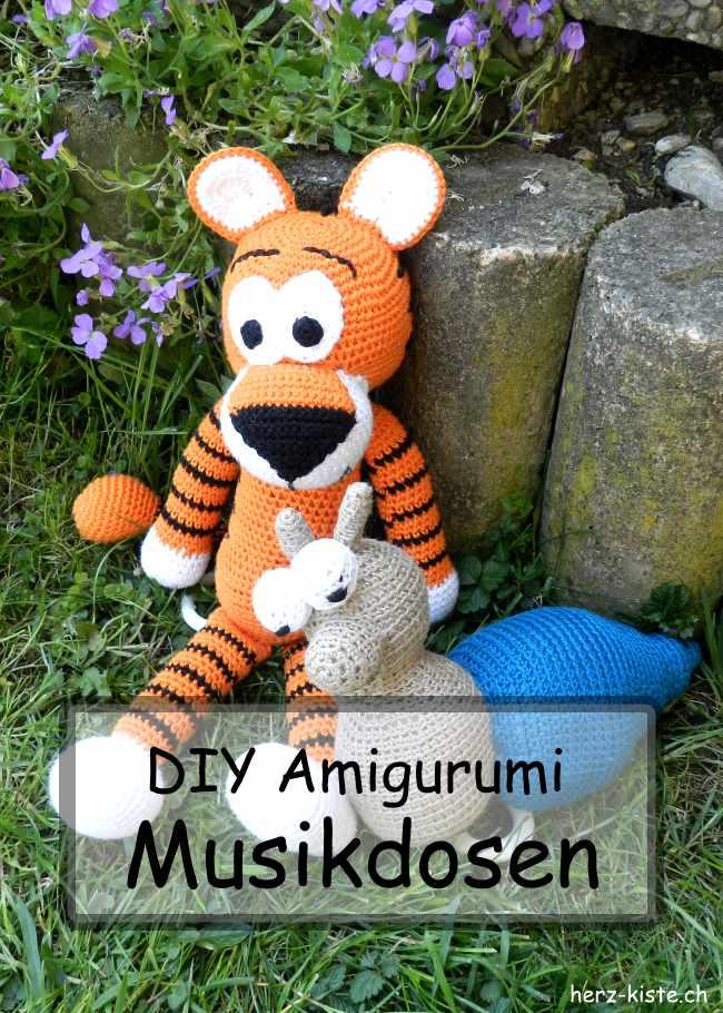 DIY Amigurumi Musikdosen: Ein einzigartiges und tolles Geschenk zur Geburt häkeln.