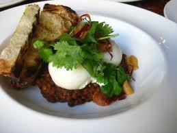 Poached Eggs with lighly Curried Lentils