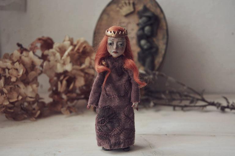 Lady Macbeth art doll